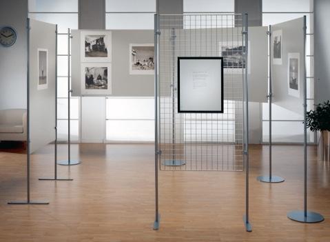 Pannelli espositivi per mostre espositori totem - Cornici ufficio ...