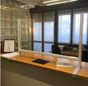 schermo di protezione in plexigas