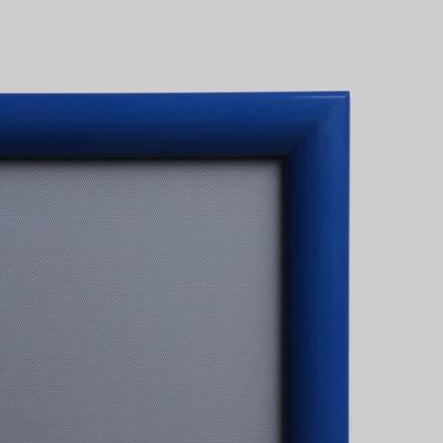 dettaglio Cornice porta pubblicità blu